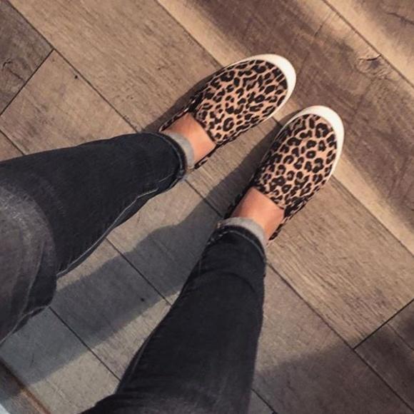 Womens Kasandra Slip On Canvas Shoes